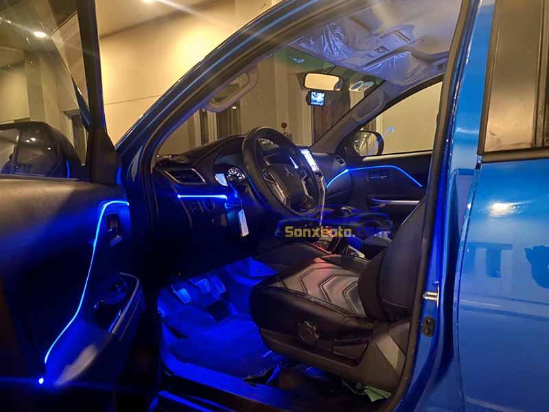 nội thất sơn bên trong xe ô tô